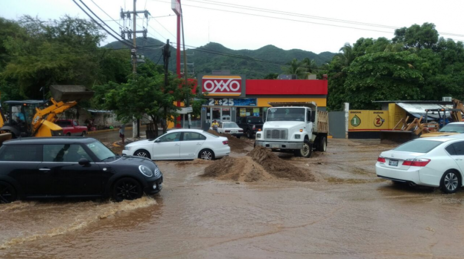Las autoridades han tenido que redoblar esfuerzos para atender las emergencias provocadas por el fenómeno natural. (Gobierno de Acapulco)