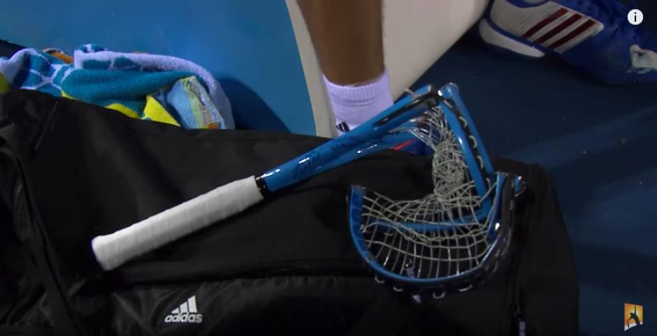 En 2012, destruyó cuatro raquetas durante el Australian Open. (Captura de Pantalla)