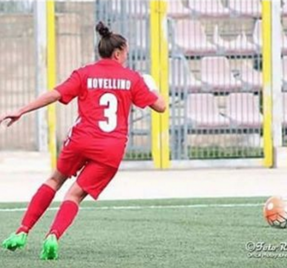 En su club es defensora y utiliza el número 3. (Instagram)