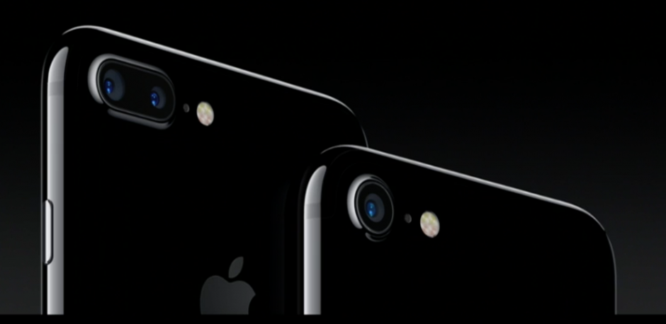 Apple presentó dos dispositivos, el iPhone 7 y el iPhone 7 Plus. (Foto: Apple)