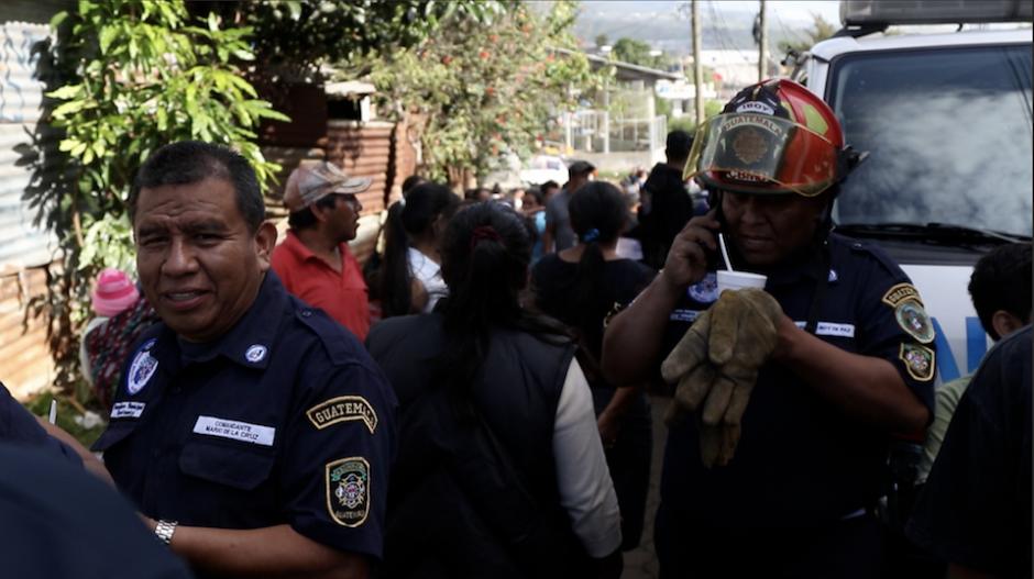 Entregaron: sopa, panes, café y envueltos de huevo. (Foto: Alejandro Balán/Soy502)