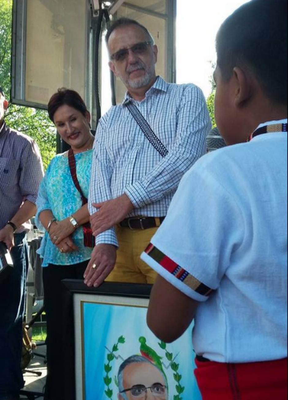El pequeño de padres guatemaltecos, nacido en EE.UU., se refirió a Velásquez y Aldana en nombre de la niñez guatemalteca. (Foto: Guate Fest)