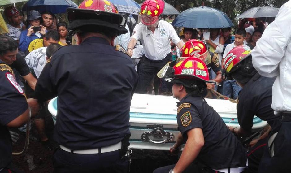 El sueño de Jimmy, de 8 años, era ser bombero. (Foto: Marcia Zavala/Soy502)