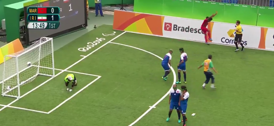 El jugador iraní se quitó a todos los defensas del equipo rival. (Captura de Pantalla)