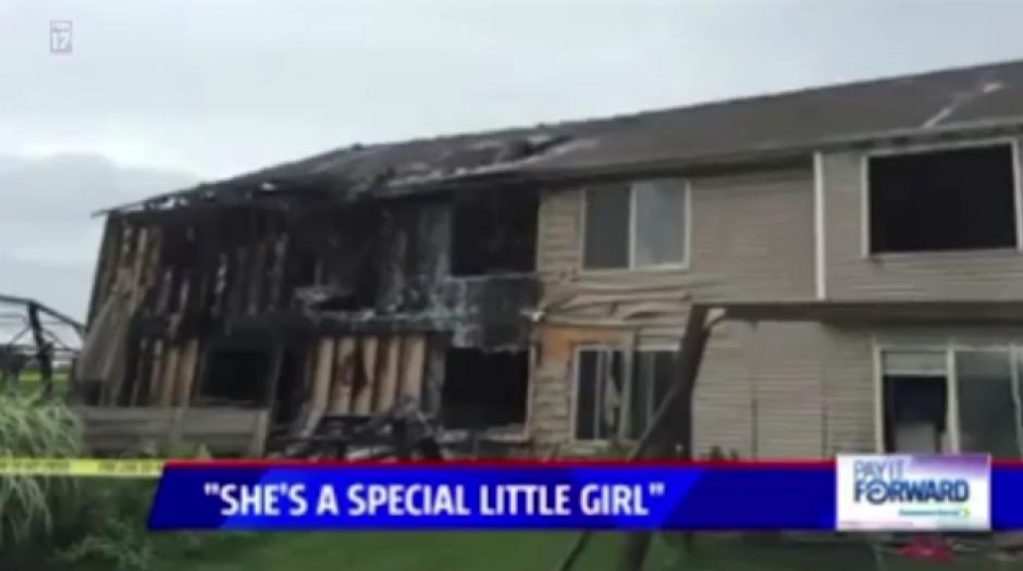 Los vecinos de la pequeña perdieron todo en un incendio. (Foto: dailymail.co.uk)