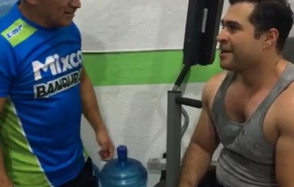 Su entrenamiento fue transmitido en vivo a través de Facebook. (Foto: Facebook)