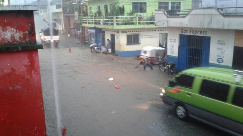 Así lucían las calles en Mazatenango. (Foto: Conred)