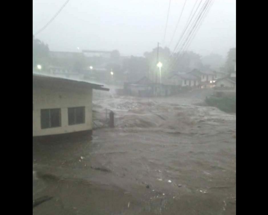 En Mazatenango las lluvias provocaron inundaciones. (Foto: Ejército de Guatemala)