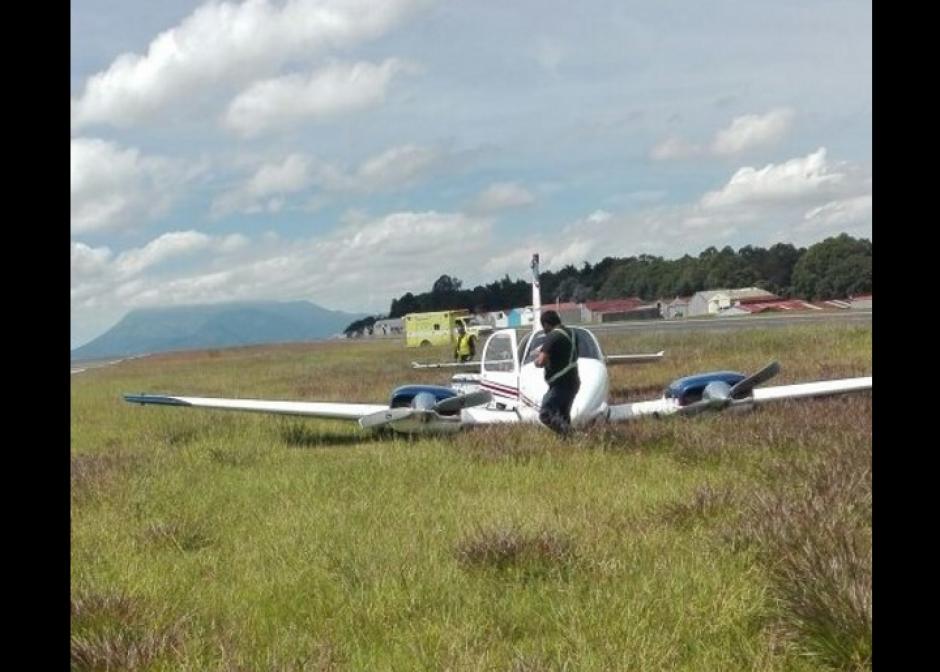 Momentáneamente se suspendieron operaciones en la pista. (Foto: DGAC)