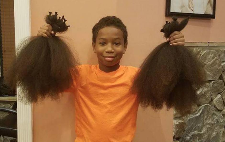 Thomas Moore se dejó crecer el pelo durante dos años para donarlo. (Foto: Twitter, @storkpatrol)
