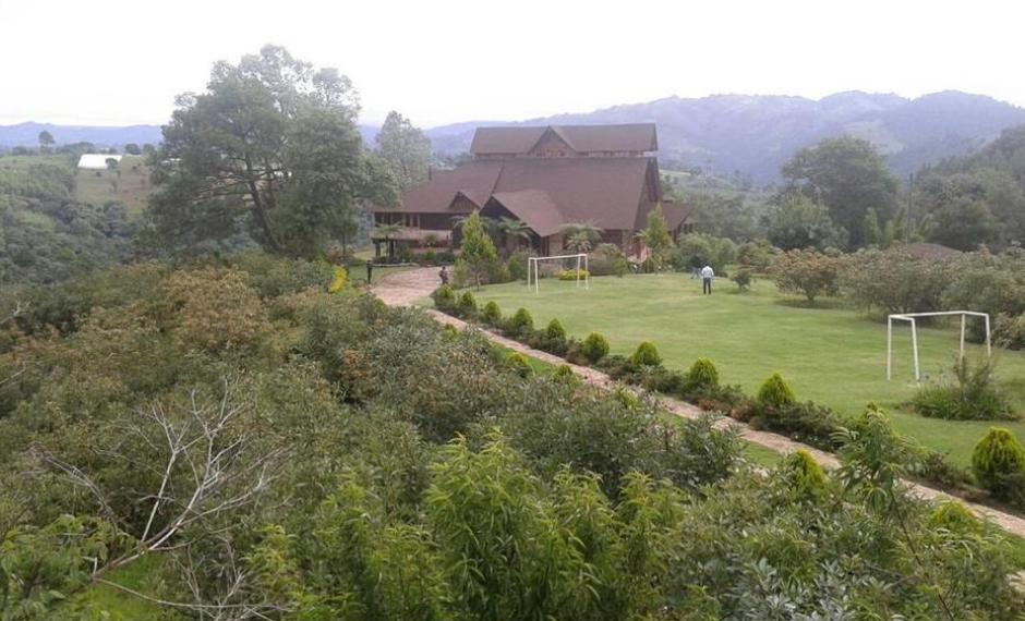 Entre las propiedades más caras del exgobernante figura un inmueble en Zaragoza, Chimaltenango, conformada por 6 terrenos. (Foto: MP)