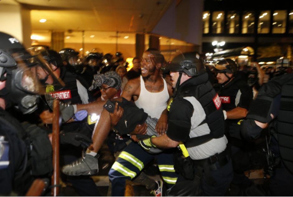 Las protestas en Charlotte dejaron un manifestante fallecido. (Foto: ABC)