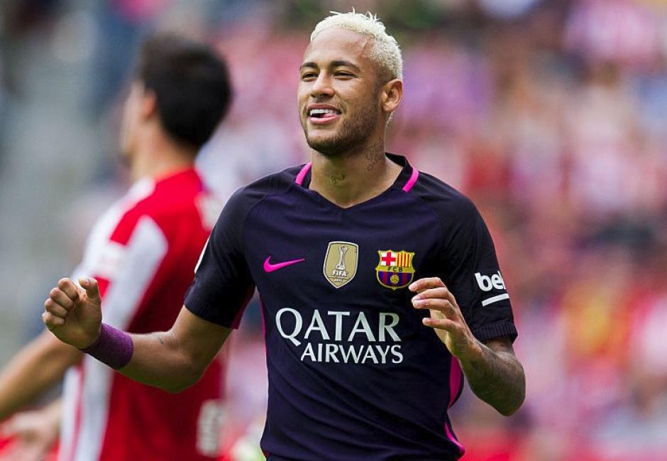 Neymar había metido dos goles unos minutos antes. (Foto: AFP)