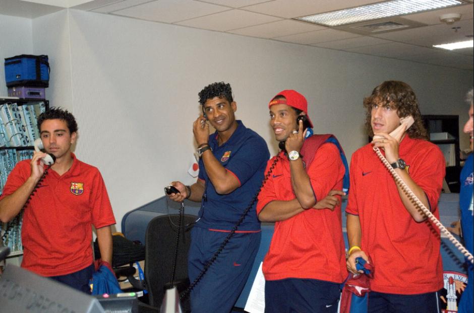Xavi, Rijkaard, Dinho y Puyol. (Foto: Wikipedia)