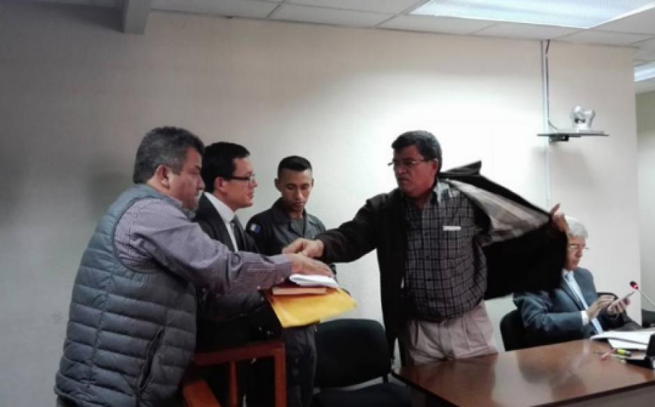 El profesional del derecho también tuvo a su cargo la defensa del exalcalde de Chinautla, Arnoldo Medrano. (Foto: Archivo/Soy502)