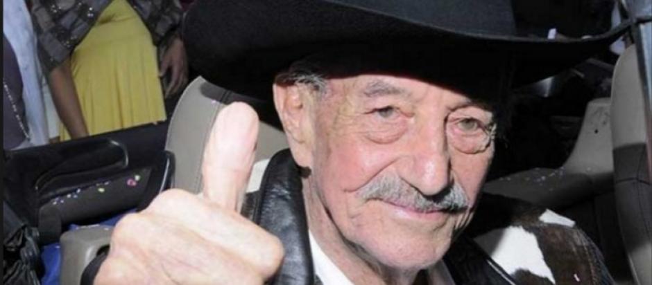 El reconocido actor y cineasta Mario Almada falleció a los 94 años de edad. (Foto: López Dóriga)