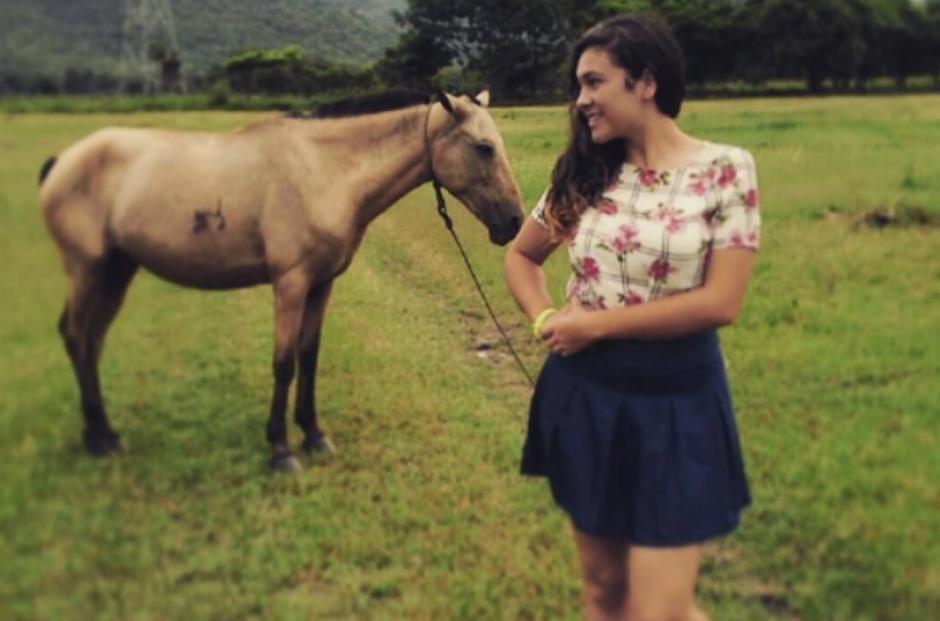 Astrid estudia una licenciatura en la Usac. (Foto: Lucía Samayoa/Facebook)