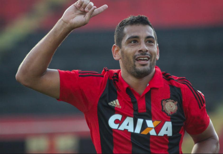 Al final, el gol fue de Diego Souza. (Foto: Wikipedia)