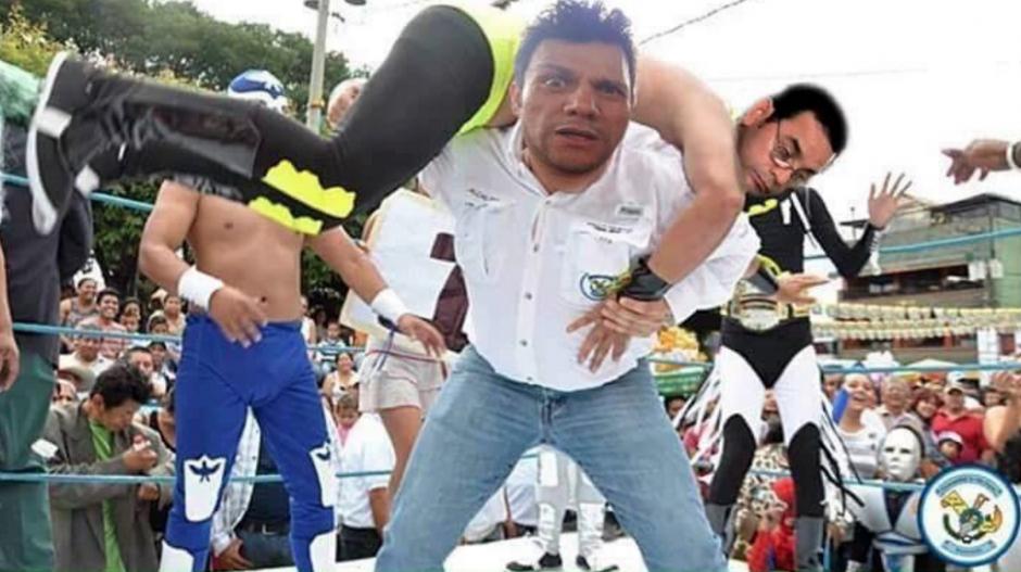El presidente Jimmy Morales también figura en los memes. (Foto: Facebook/Ronald Mackay)