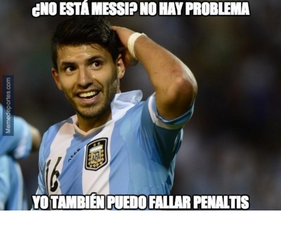 Sergio Agüero falló un penal y no se lo perdonaron. (Memedeportes.com)