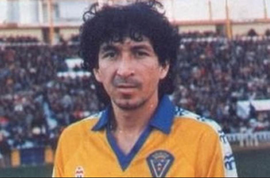 El Mágico González, con la camisola de su amado Cádiz. (Foto: Wikipedia)