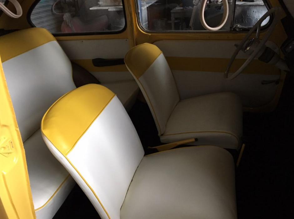 Así es el interior del pequeño auto. (Foto: Pepe Cohen/Facebook)