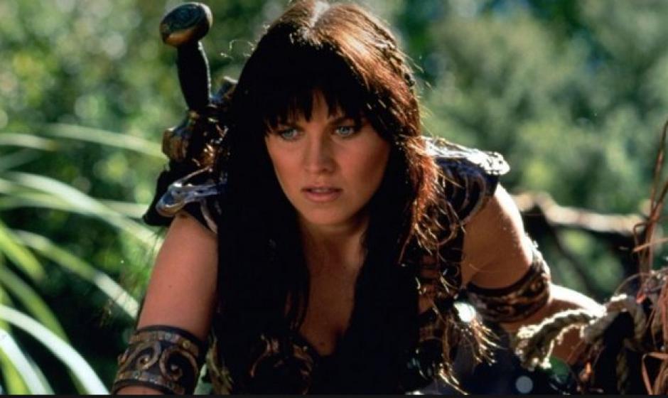 El personaje de Xena era interpretado por la actriz Lucy Lawless. (Foto: El Mundo)