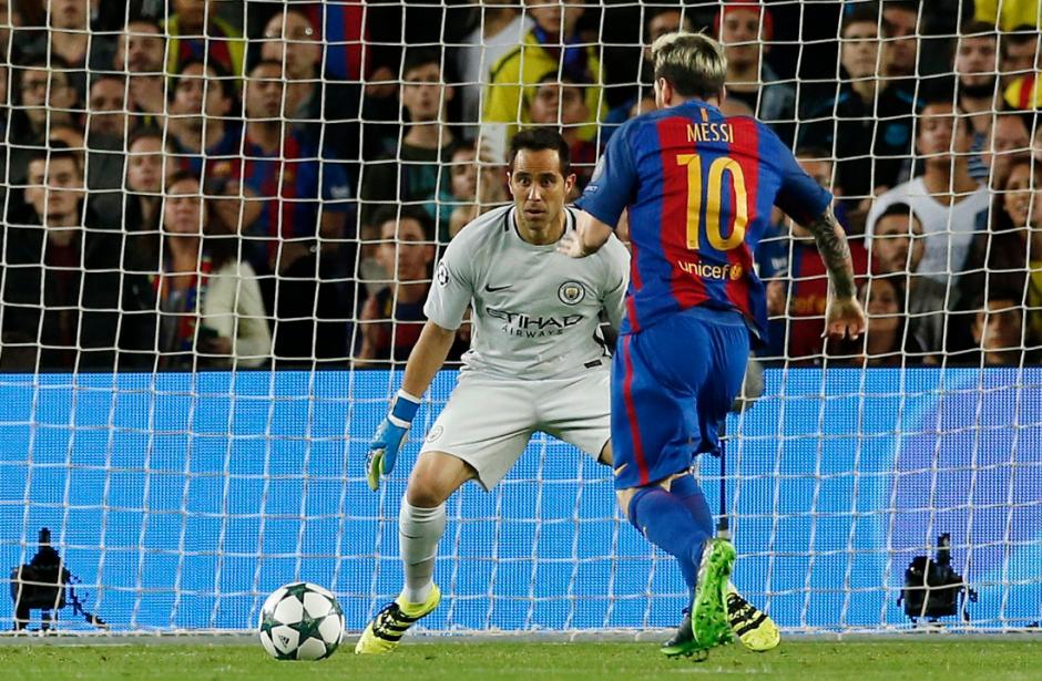 Parecía que Messi iba a rematar... (Foto: Squawka)