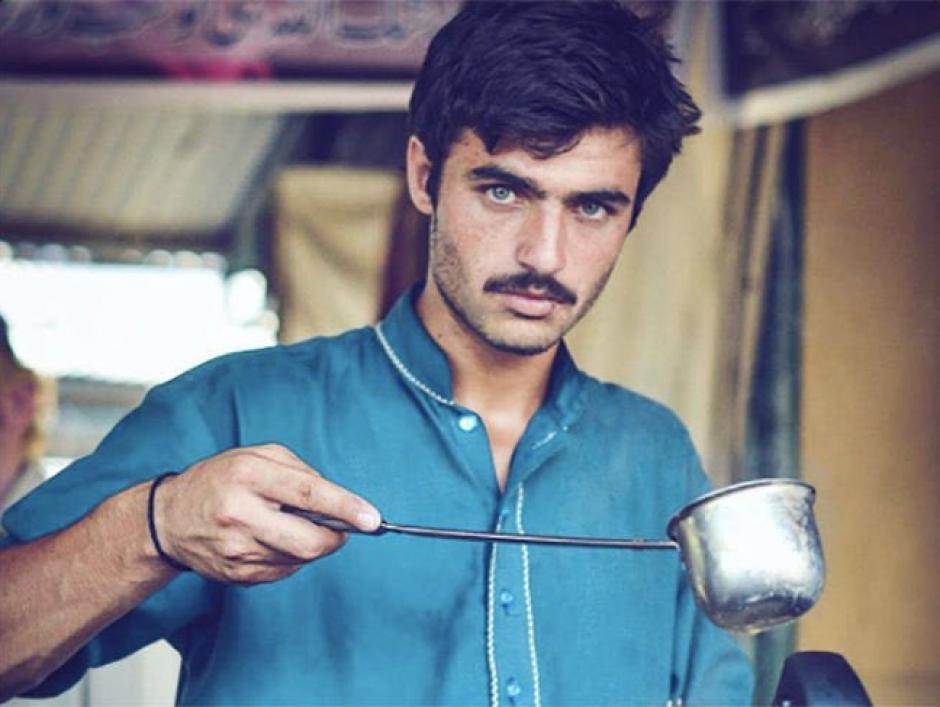 Arshad Khan es un joven de 18 años que vendía té en Pakistán. (Foto: Jiah Ali)