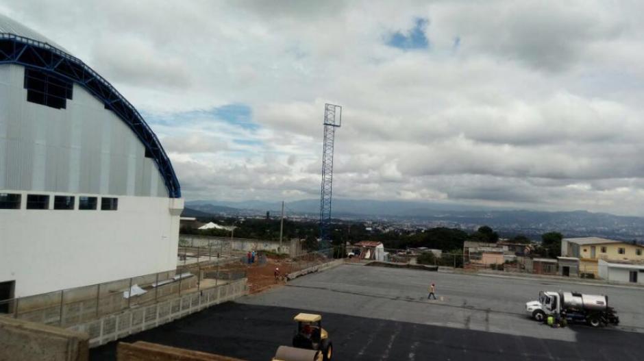 Los trabajos quedaron detenidos en la administración de Otto Pérez Leal. (Foto: Neto Bran/Facebook)
