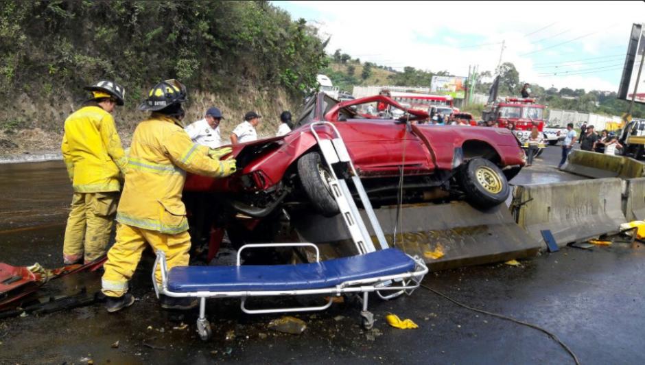 En el percance dos hombres fallecieron y cinco resultaron heridos. (Foto: Twitter/@Provial)