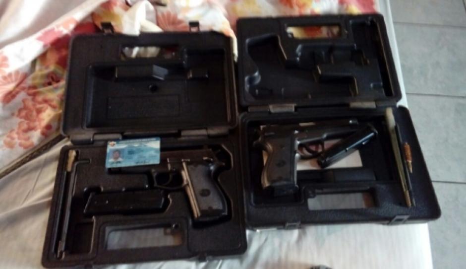 En los operativos se localizó un arma de fuego que estaría registrada a nombre del Banco. (Foto: PNC)