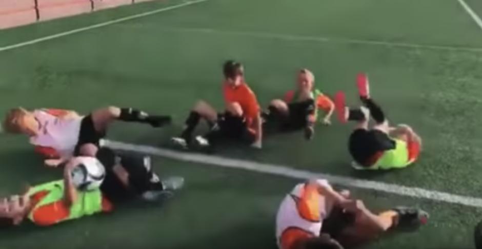 Un equipo infantil valenciano se burló del Barcelona. (Captura de Pantalla)