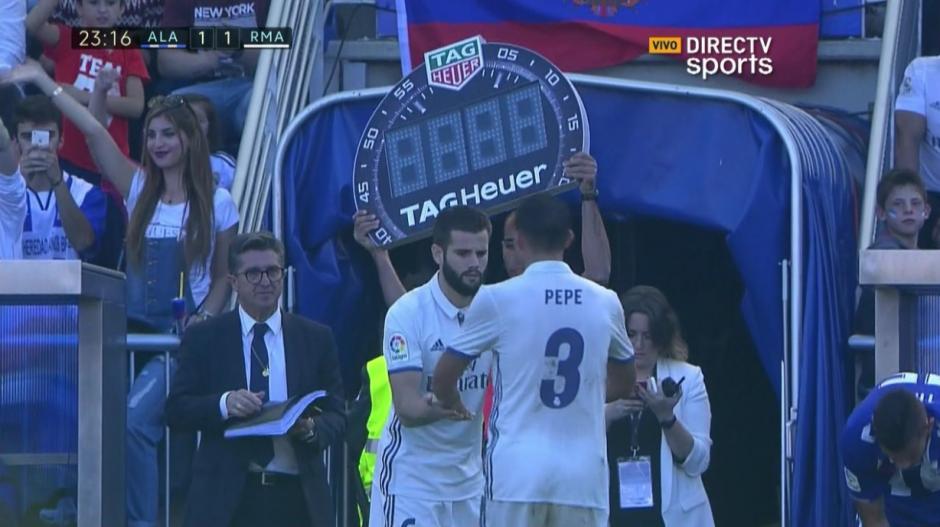 El momento del cambio de Pepe por Nacho. (Captura de Pantalla)