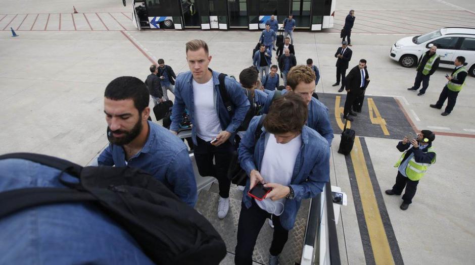 El Barça viajó a Inglaterra en horas de la madrugada. (Foto: FCB)