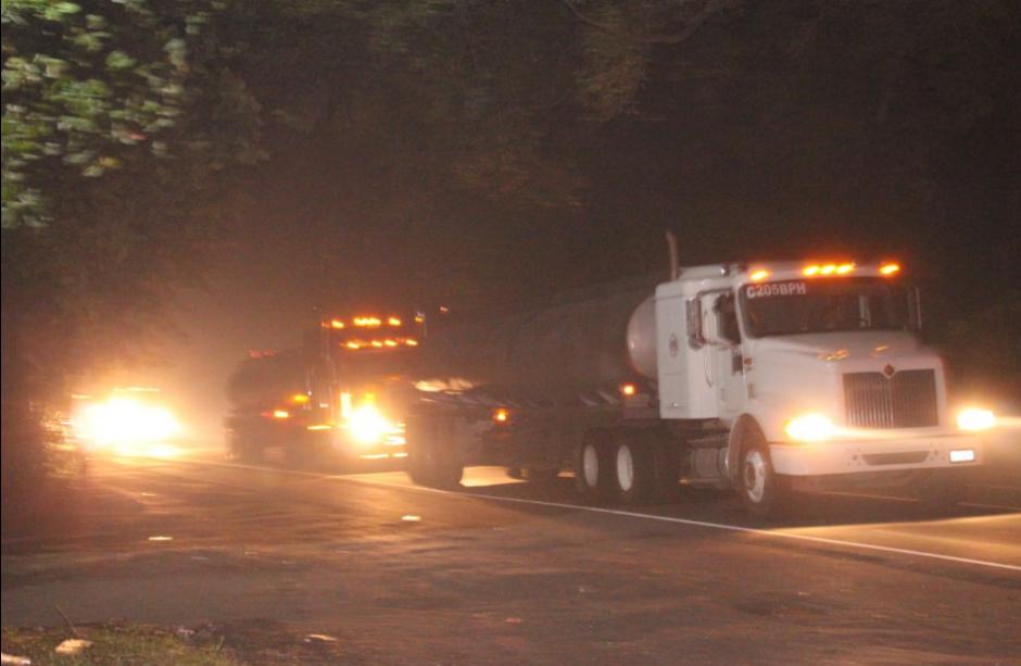 De momento no se ha reportado desabastecimiento de combustible. (Foto: PNC)