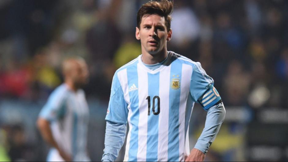 Argentina, sin hacer nada, está de pronto fuera de Rusia. (Foto: Fox Sports)