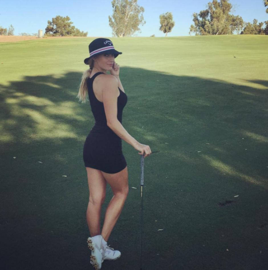 Paige está iniciando su carrera como golfista. (Instagram)