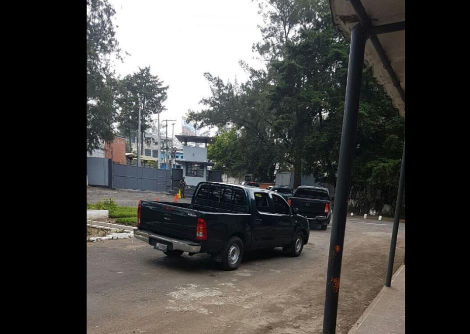 Así es el operativo donde llevan a la Fuerza Aérea al presunto narcotraficante. (Foto: TN23)