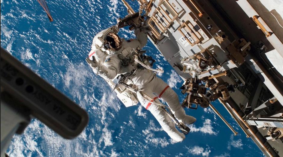 De hecho hay un astronauta que volvió a la tierra en octubre y ya votó. (Foto: Hipertextual)