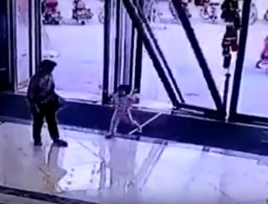 La pequeña sufrió graves heridas pero sobrevivió al accidente