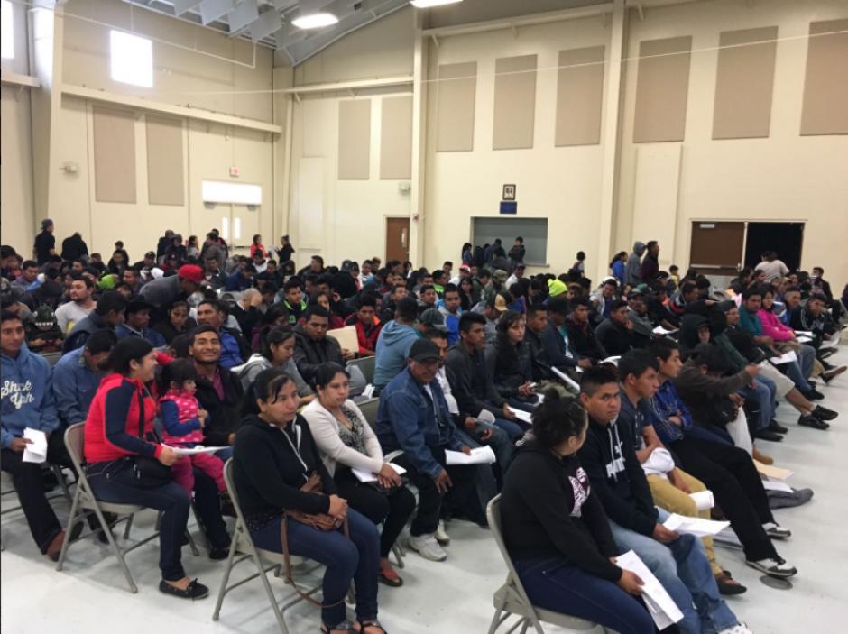 Cancillería realiza una campaña para calmar a los guatemaltecos que residen en Estados Unidos. (Foto: Twitter, @MinexGt)