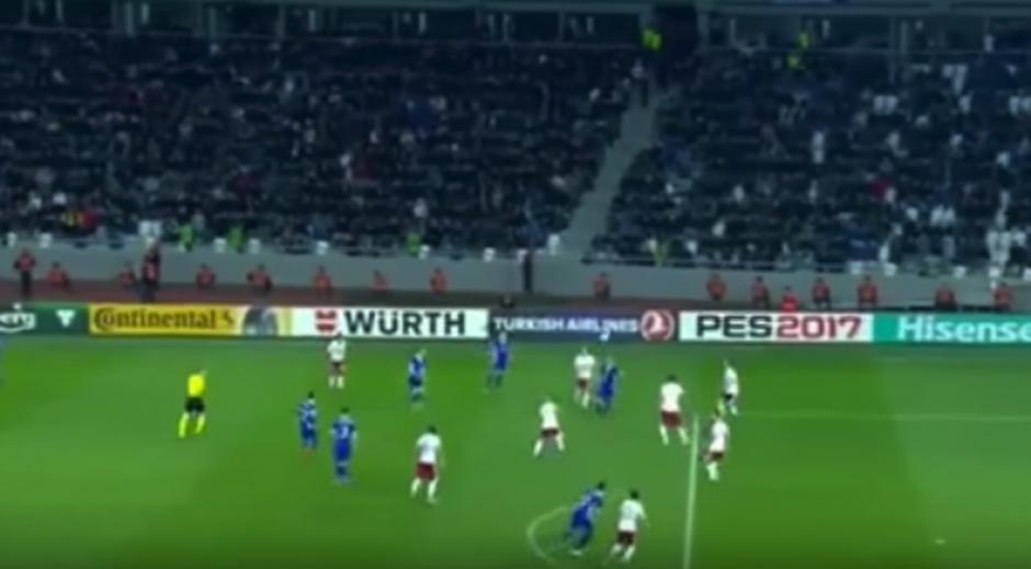 El futbolista moldavo le pegó al balón sin pensarlo. (Imagen: captura de pantalla)