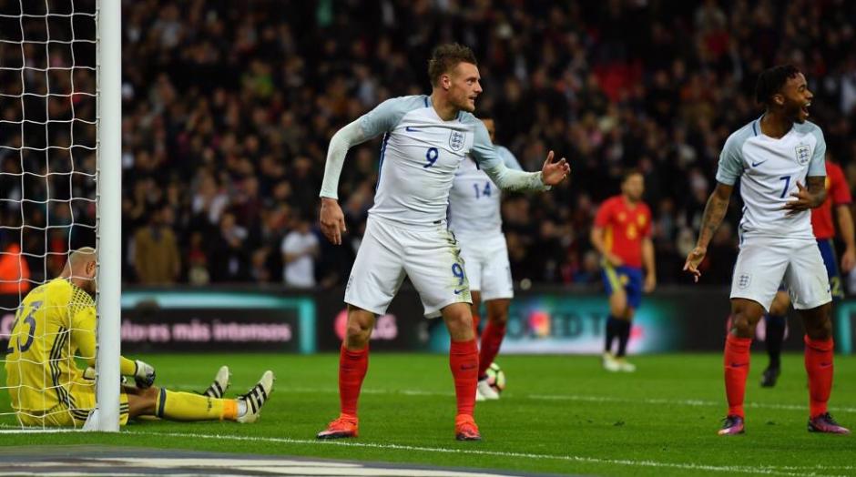 España jugó mal y perdió contra Inglaterra. (Foto: AFP)