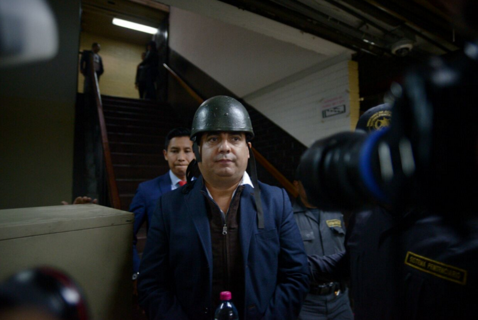 Después de declarar, Juan Carlos Monzón fue retirado con fuertes medidas de seguridad. (Foto: Wilder López/Soy502)