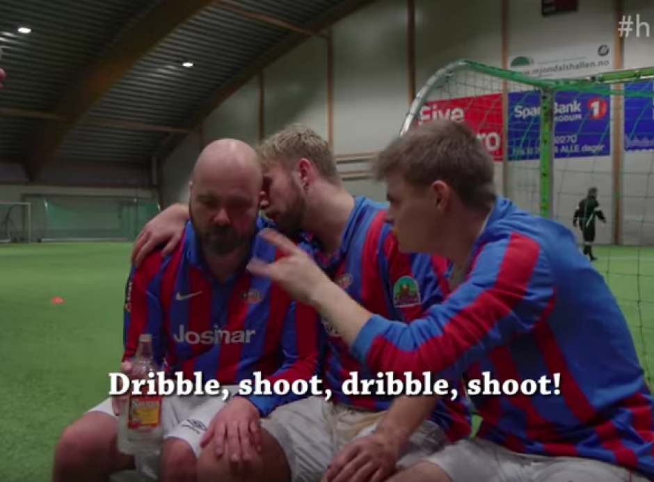 A final del partido de Drunk Football la borrachera continúa. (Foto: Captura de video)
