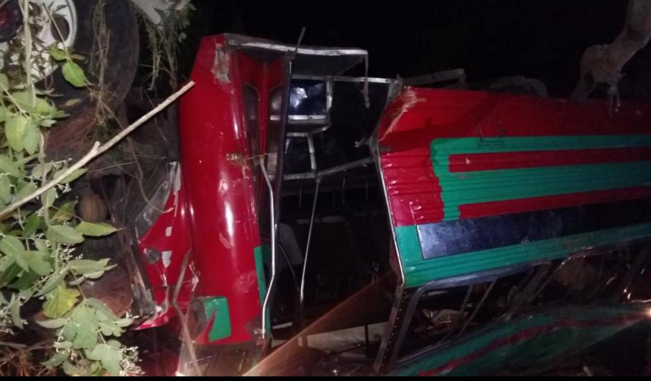 En el accidente resultaron 39 personas heridas. (Foto: Provial)