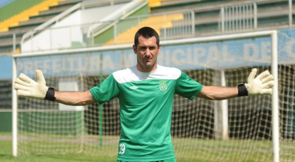 El portero jugó diez años en el Chapecoense y no viajó a Colombia a última hora. (Foto: Chapecoense)