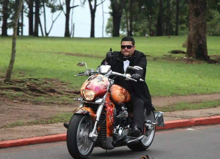 Las motocicletas era una de las pasiones de Oliva. (Foto: Facebook/Eddy Oliva)