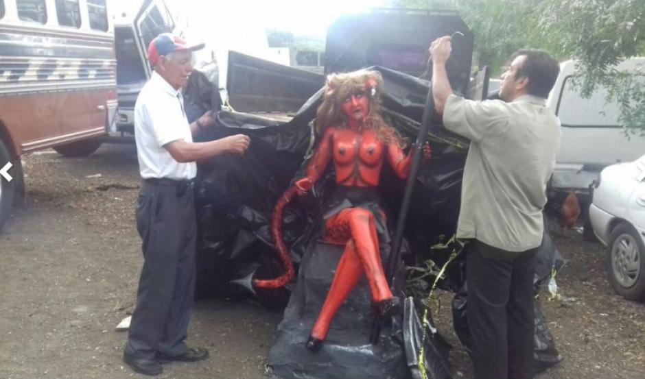 La figura fue restaurada luego que sufriera daños tras se retirada de las calles de Antigua Guatemala. (Foto: Pablo Solís/Nuestro Diario)